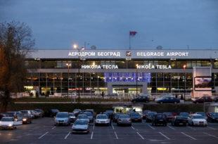 """Оде """"Тесла"""" странцима док Ер Србија аеродрому дугује преко 50 милиона евра и то са 50% попуста!"""