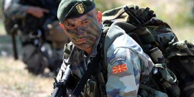 Македонија: Појачано присуство македонских специјалних јединица у Гостивару и Тетову (видео) 1
