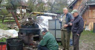 Бугарска: Због прописа ЕУ дозвољено печење до 30 литара ракије без таксе и са порезом од 1,1 евро по литру, такса од 550 евра за сто литара ракије