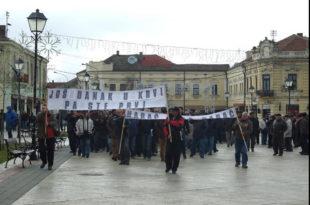 У Неготину настављени протести и поред полицијске забране! Порез на имовину повећан 17 пута