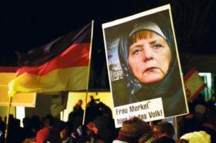 Политико: Ангела Меркел није спасилац Европе, већ њен гробар