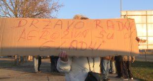 Радници Агрожива стигли у Нови Сад и одржали протест испред Србијагаса