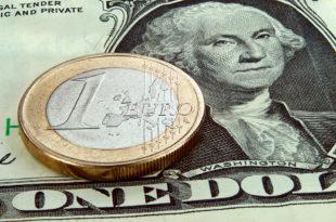 Вредност евра драстично пала: Још један пад у односу на долар 1