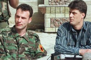 ПРЕМА ПОТРЕБИ: У Паризу гоне и убијају терористе, а на Косову их доводе на власт!