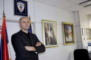 На челу БГ полиције биће вођа НАСИЛНИКА из Херцеговачке и човек који је ФИЗИЧКИ НАПАДАО новинаре!