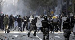 Невиђене демонстрације у Београду поводом Блеровог доласка! 7