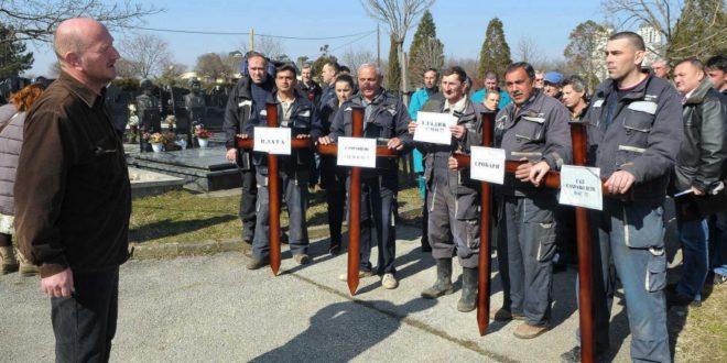Kрагујевац: Радници ЈKП Водовод и канализација одржали једночасовни штрајк, траже веће плате 1
