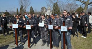 """Запослени у ЈKП """"Водовод и канализација"""" у Kрагујевцу почели штрајк 11"""