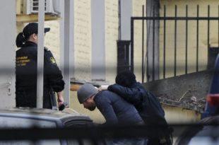 Осумњичени признао умешаност у убиство Немцова (видео)