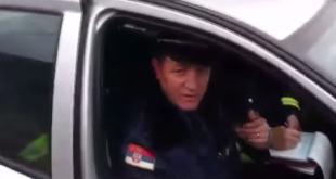 Београђанин снимио полицајца како га удара без разлога (видео) 6