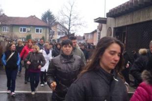 """Неколико стотина радника на силу ушло у фабрику """"АХА Мура Први мај"""" 4"""