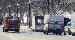 ПАНИКА У ВАШИНГТОНУ: Бела кућа закључана након експлозије непознатног порекла 4