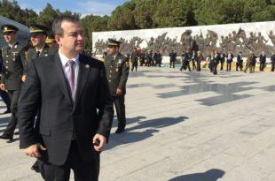 И велеиздајничко ђубре Ивица Дачић иде у Турску да слави победу османлијске војске