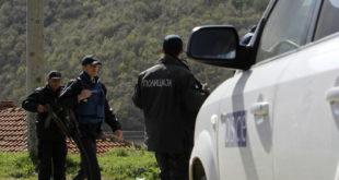 Македонска полиција близу границе са Косовом 4