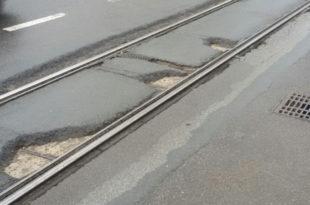Београд: Обновљене улице препуне кратера