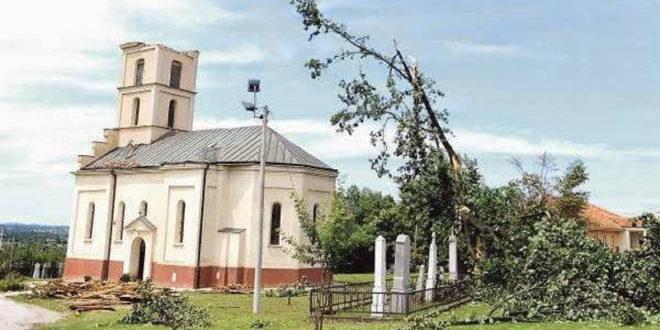 Мештани села Шопић код Лазаревца поручили патријарху Иринеју да ће комплетно прећи у Ислам уколико им локални поп сруши цркву 1