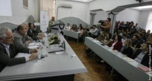 """Младић прекинуо дебату на Економском факултету речима: """"Србија је под окупацијом и ми смо економска колонија"""" 13"""