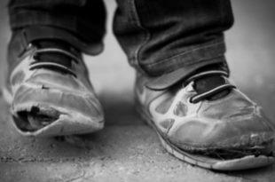 Србија све сиромашнија, незапосленост младих преко 50%, половина Србије је на ивици сиромаштва док 25% народа живи у тешкој беди! 7