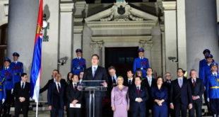 Политика у Србији – извор брзе зараде 2