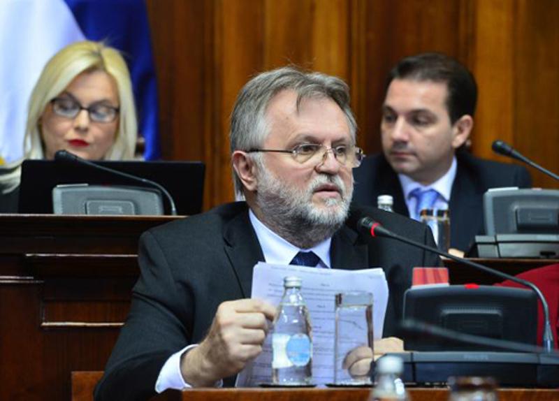 Шта се крије иза најновије Вучићеве бајке о инвестиционом пакету за спас Србије? 3