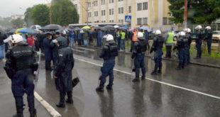 Блокада: Радници ИМР-а заузели трамвајске шине