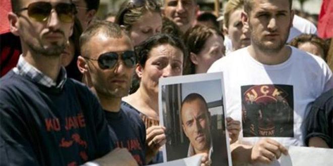 Шиптарски терористи сукобе у Куманову најавили на Фејсбуку?! 1