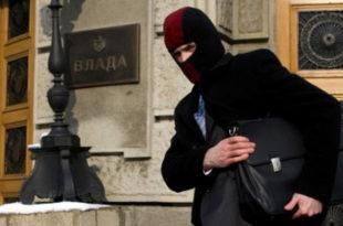 Вучићев режим упорно игнорише Савет за борбу против корупције