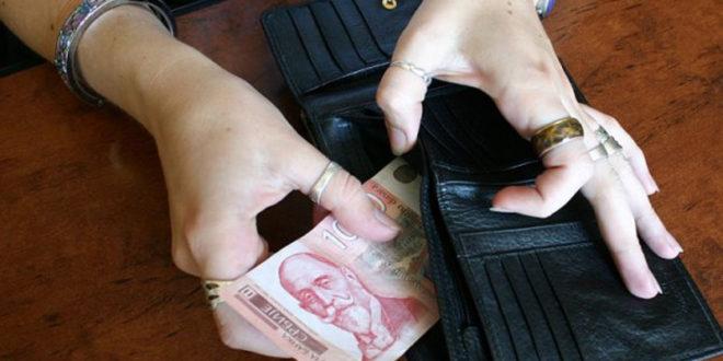 Минимална зарада у Србији три пута нижа од нормалне плате потребне за живот