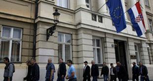 МАЧКА У ЏАКУ! Две године од уласка Хрватске у ЕУ, више платили а мање добили 17