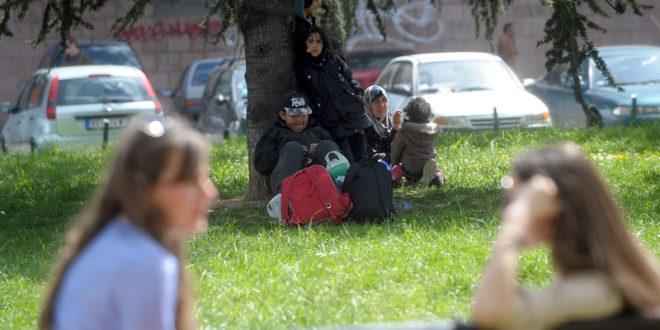 Лидери ЕУ се договорили око распореда 40.000 миграната, Србија са 34.000 миграната препуштена сама себи