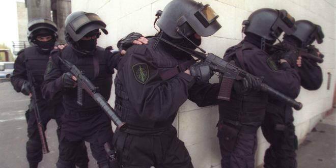 """Руски извиђачи вежбају руковање бешумним аутоматима """"Вал"""""""