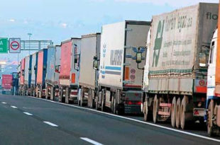Због масовног одласка возача у западну Европу, држави прети транспортни колапс