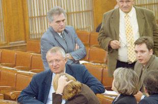 Све чега се Шешељ дохватио кобно се завршило по грађане Србије