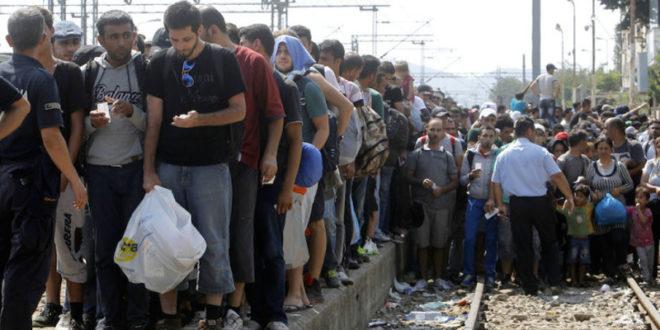 Мигранти надиру, Европљани се свађају