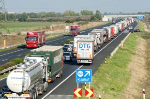 Мађари појачавају контролу железнице и ауто-путева због миграната, према Аустрији колоне дуге по 30км