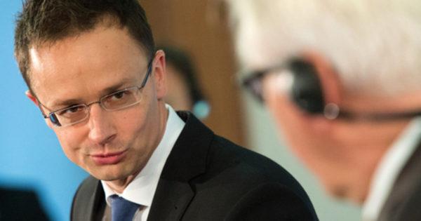 Мађарска ће све мигранте који траже посао враћати у земље ...