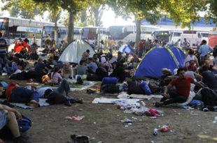 Стиже нам нови талас миграната у којем су десетине хиљада људи
