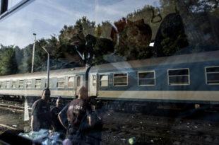 ХИТНО! Мађари запленили хрватски воз са мигрантима, разоружали и ухапсили 40 хрватских полицајаца плус ухапсили и машиновођу!