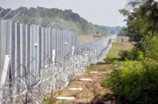 """Мађарски званичник - Транзитне зоне за мигранте биће отворене у правцу Србије, а у правцу Мађарске """"херметички затворене"""""""
