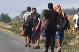 Игре са избеглицама у изиграној Србији
