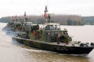 Војни бродови Србије и Мађарске ушли у Хрватску