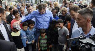 ВУЧИЋ: Мигранти ће насељавати Србију, проблем је у затуцаности Срба! (видео) 10