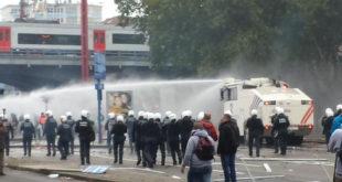 Брисел: Десетине хиљада људи демонстрира против мера штедње, полиција користи водени топ, сузавац и силу (видео) 7