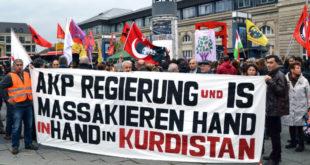 """""""Турска држава је убица"""": Демонстранти у Истанбулу оптужили владу за бомбашки напад 8"""