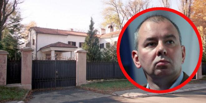 Вучић доноси закон којим омогућава куму Николи Петровићу да будзашто откупи државне виле на Сењаку, лопови отуђују народну имовину