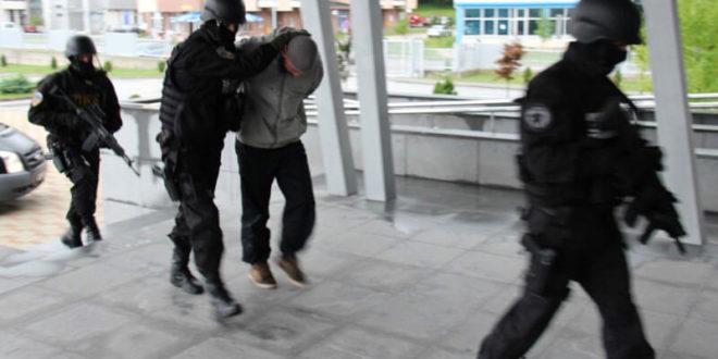 """Хапшење у Новом Пазару: Терористи дошли да """"обиђу пријатеље"""" 1"""