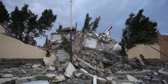 """Јеменски Хути балистичким ракетама """"Тачка"""" уништили саудијски аеродром код града Џезан"""