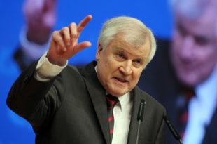 Премијер Баварске ултимативно затражио Меркеловој да заведе ред на државним границама