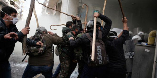 Атина: Овако знају да бију само сељаци (видео)