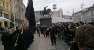 Усташе марширају Загребом док се ЕУ чешља 7